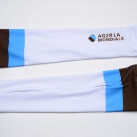 Cyklistické návleky na ruce AG2R La Mondiale 2020 reálná fotografie