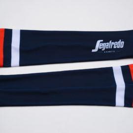 Cyklistické návleky na ruce Trek-Segafredo 2020 reálná fotografie