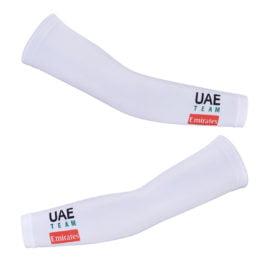 Cyklistické návleky na ruce UAE Team Emirates 2020